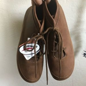 Duluth trading company leather booties size 9.5